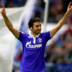 El Schalke confía en que Raúl aún decida quedarse