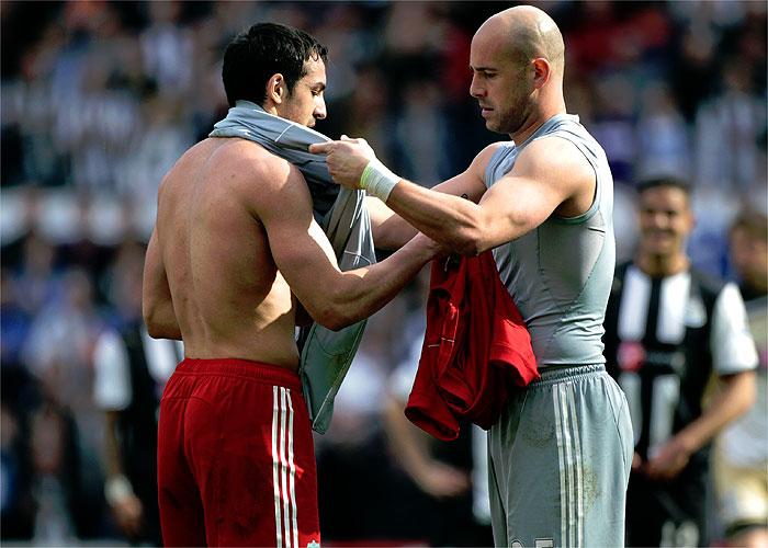 """José Enrique: """"No entiendo la falta de gol del Liverpool"""""""