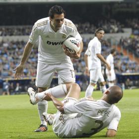 """""""Pepe tuvo que tirar la bota por mi rodillazo"""""""