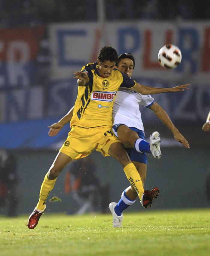 En México insisten en el interés por Diego Reyes
