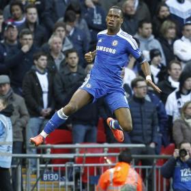 Wembley disfruta de la mejor versión de Drogba