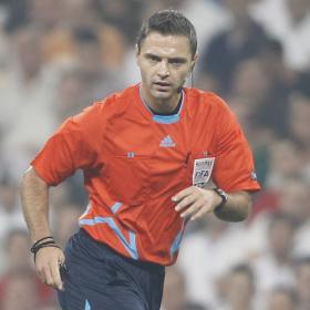 Skomina y Atkinson, árbitros para la Europa League