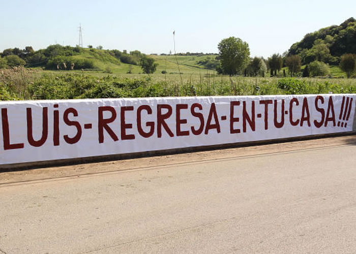 Pancartas contra Luis Enrique de los 'tifosi'