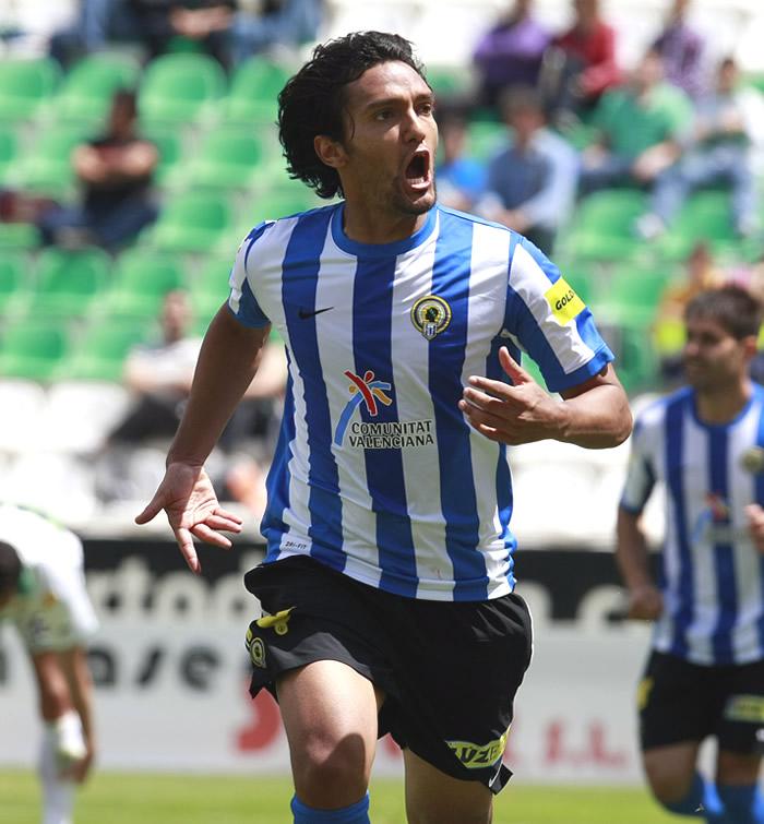 Abel Aguilar se perdería el primer cruce del playoff
