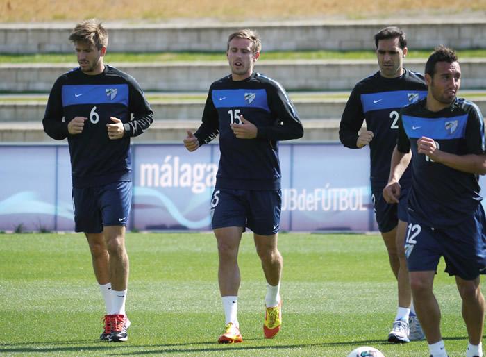 Pellegrini recuperará a Monreal en Barcelona