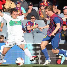 Al Elche necesitó muy poco ante un inocente Barça B