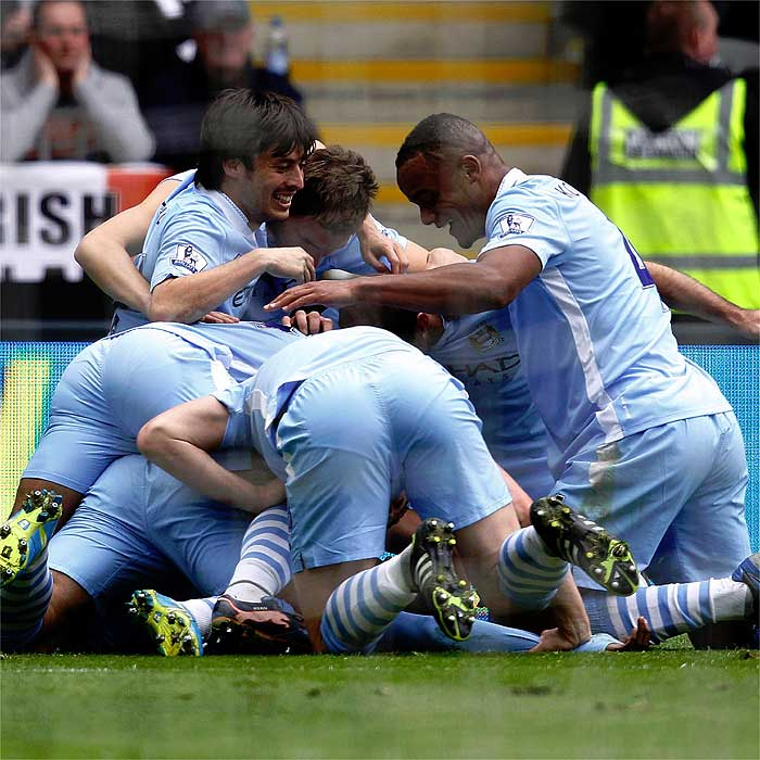 El City gana en Newcastle y acaricia la Premier League
