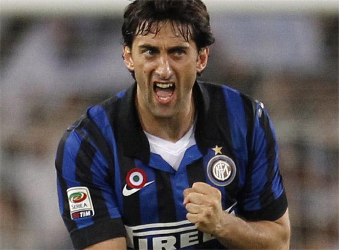 Milito quiere jugar en el Inter junto a Lavezzi