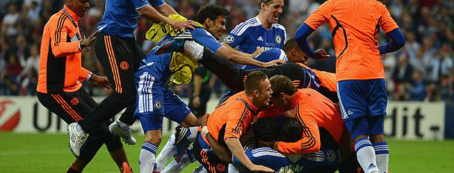 Drogba hace rey al Chelsea