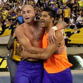 Santiago Silva mete a Boca en las semifinales