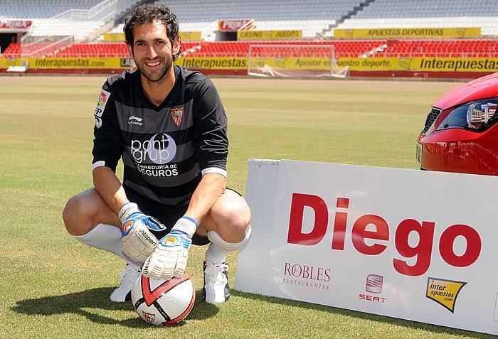 Diego López llega, Varas se lo piensa y Palop se resiste