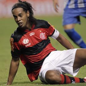 Ronaldinho rescinde con el Flamengo por la vía judicial