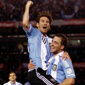 Exhibición de poderío argentino liderado por Messi