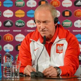 """El seleccionador polaco, Smuda: """"Piszczek irá al Real Madrid"""""""