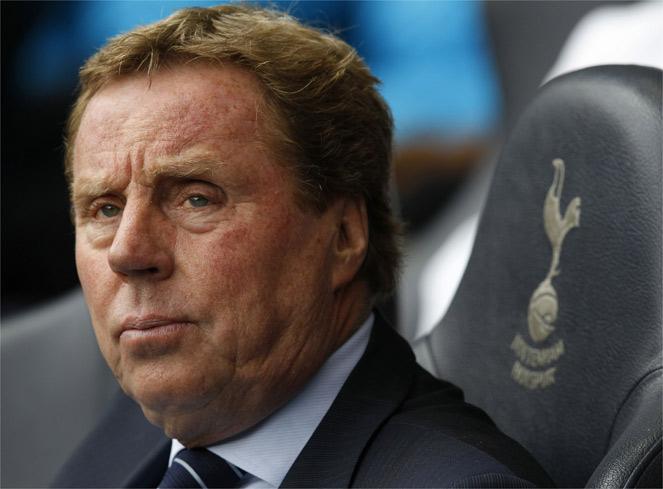 Redknapp sale del Tottenham y suena Roberto Martínez
