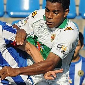 El mediocentro Buitrago tendrá ficha del primer equipo