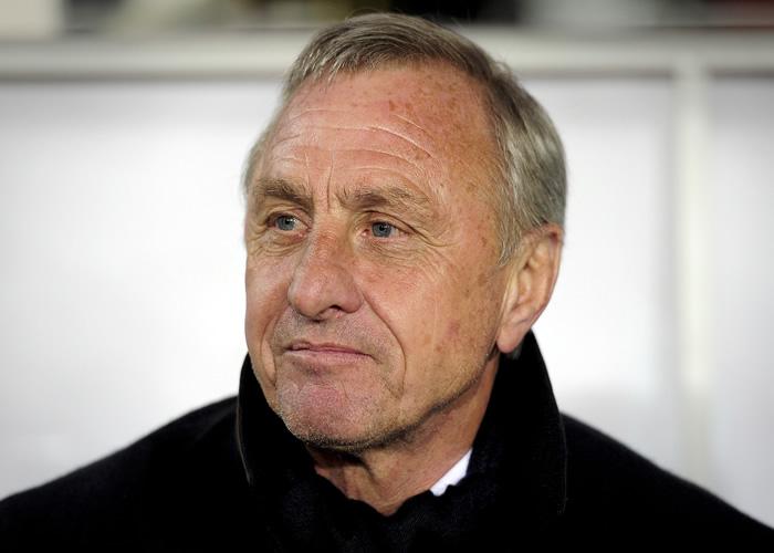 Cruyff desea suerte a Van Gaal, pero critica a la Federación