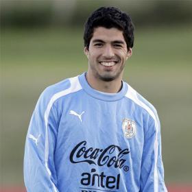 Luis Suárez y Cavani, en la lista olímpica uruguaya