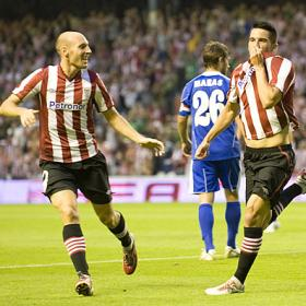 El Athletic pone pie y medio en el playoff