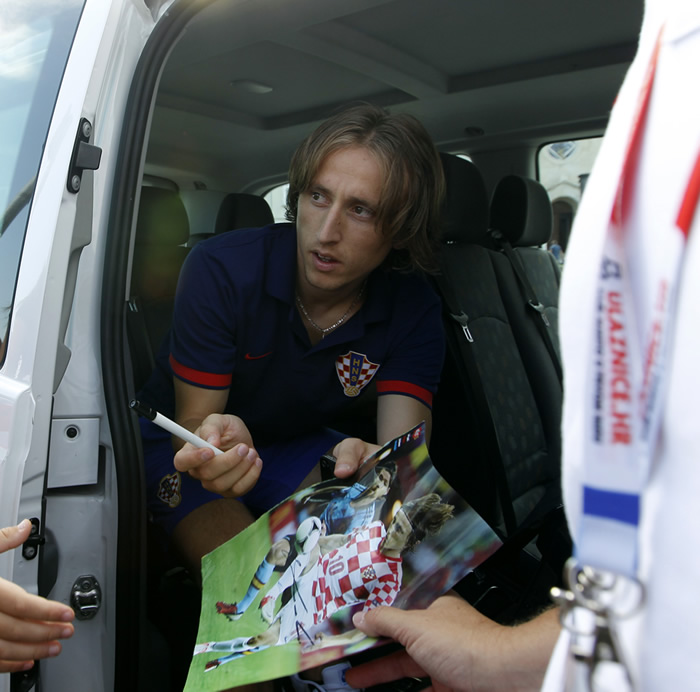 El Tottenham va a por William para sustituir a Modric