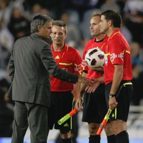 Un árbitro que garantiza el espectáculo futbolístico