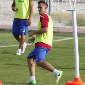 Paco Alcácer ya se entrenó ayer con la camiseta del Getafe