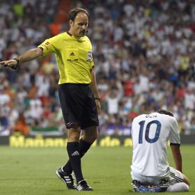 Mateu Lahoz dejó su sello en el Bernabéu