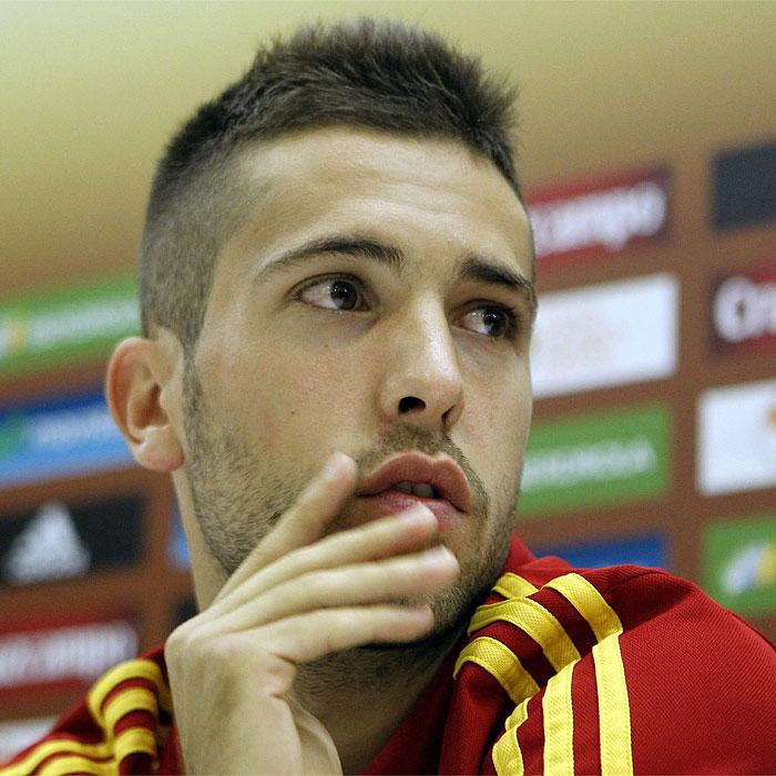 """J. Alba: """"Villa ha trabajado duro para volver a la selección"""""""