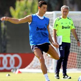 Cristiano habl con Mourinho antes del entrenamiento