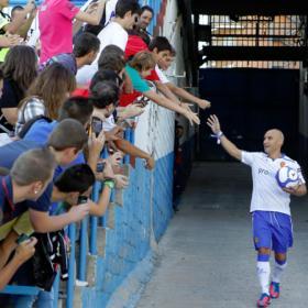 El zaragocismo sigue fiel pese a la crisis económica y deportiva