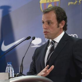 Rosell: &quot;Sera una irresponsabilidad no mejorarle a Messi&quot;