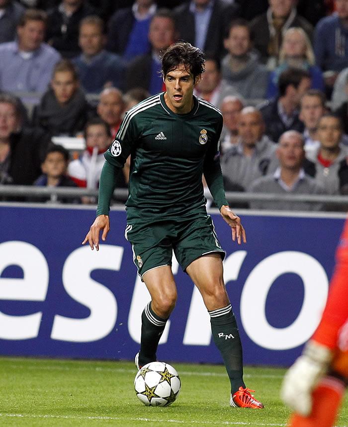 Los internautas de AS ven a Kaká y Villa de titulares