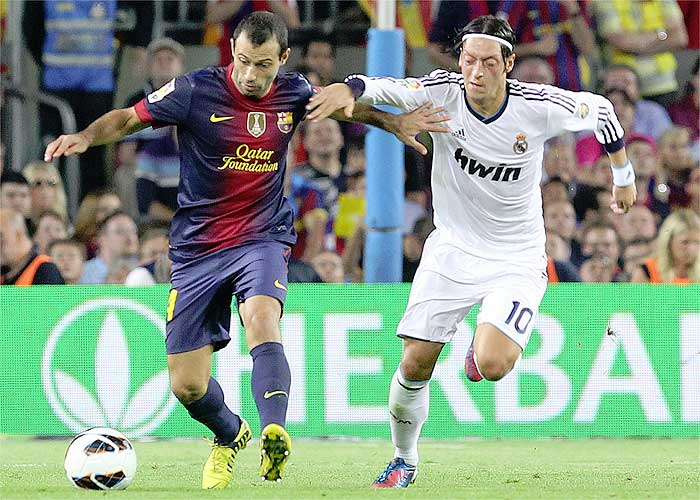 """Mascherano: """"Messi está por encima de todos los demás"""""""