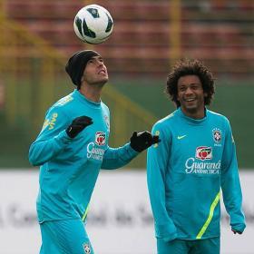 Kaká y Neymar, juntos por primera vez con Brasil