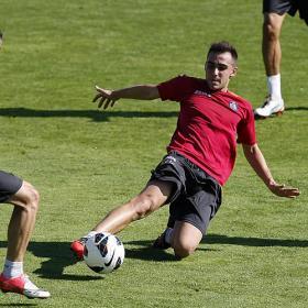 """Alcácer: """"Si meto 8 ó 9 goles será una buena temporada"""""""