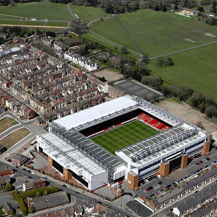 El Liverpool reformará Anfield y deja la idea del nuevo estadio