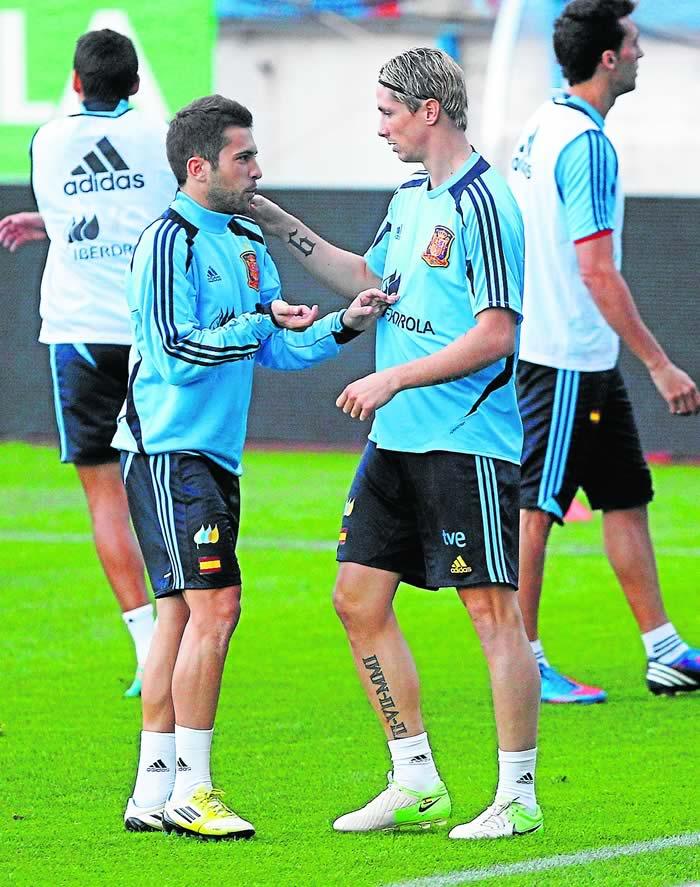 La afición espera a Torres con ilusión en su regreso a casa