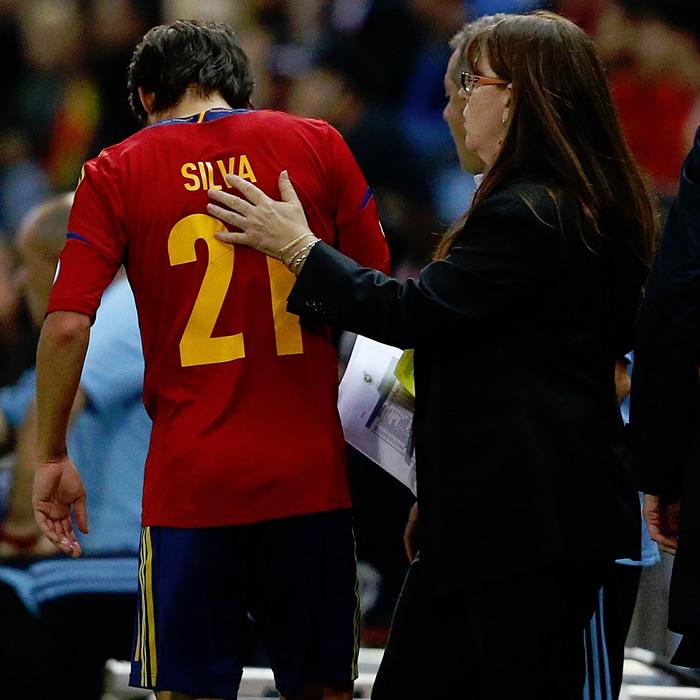 Silva, una semana de baja por la lesión que sufrió con España