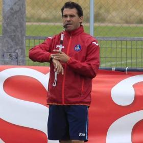 Luis García busca conseguir los nueve puntos consecutivos