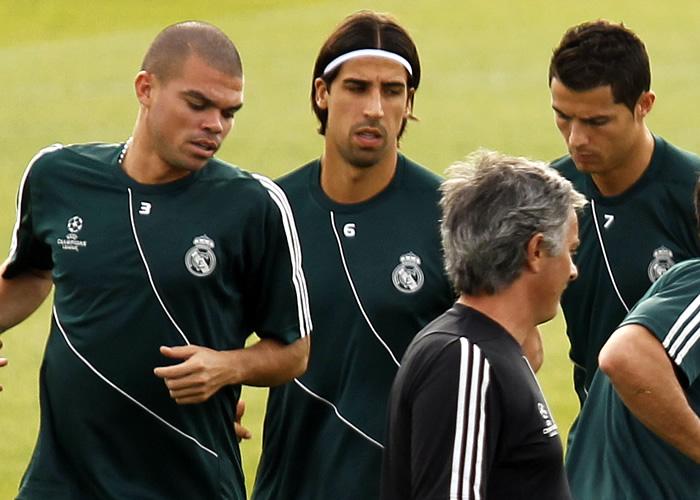 Khedira trabaja con el grupo pensando en el Dortmund