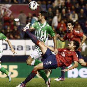 El Betis se lleva un punto y deja a Osasuna como colista