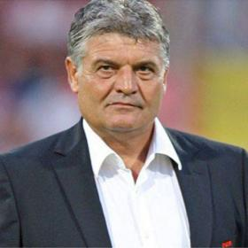 El Cluj prescinde de su técnico siendo segundo en Champions