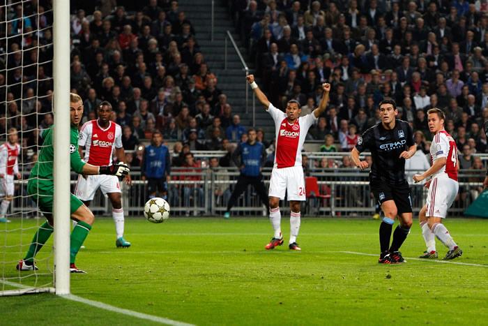 Esperpento del City en Amsterdam ante un buen Ajax