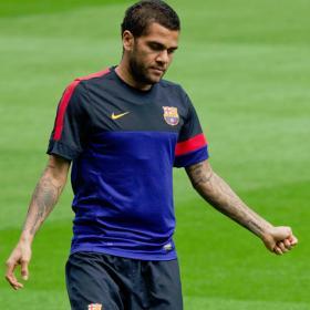 Mascherano es baja por sanción y vuelve Dani Alves