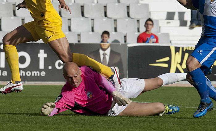 El Sabadell, a curar sus heridas ante el Córdoba