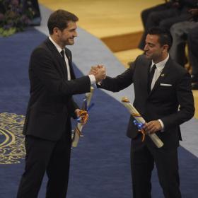 Blatter les propuso para el premio y ayer les felicitó