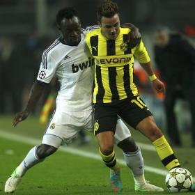 El Dortmund llegó 17 veces burlando a Essien