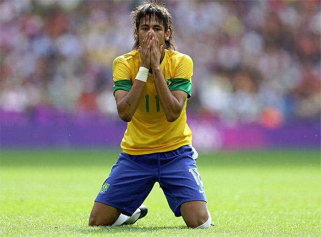 """""""Neymar tiene que jugar y no preocuparse de liderar nada"""""""