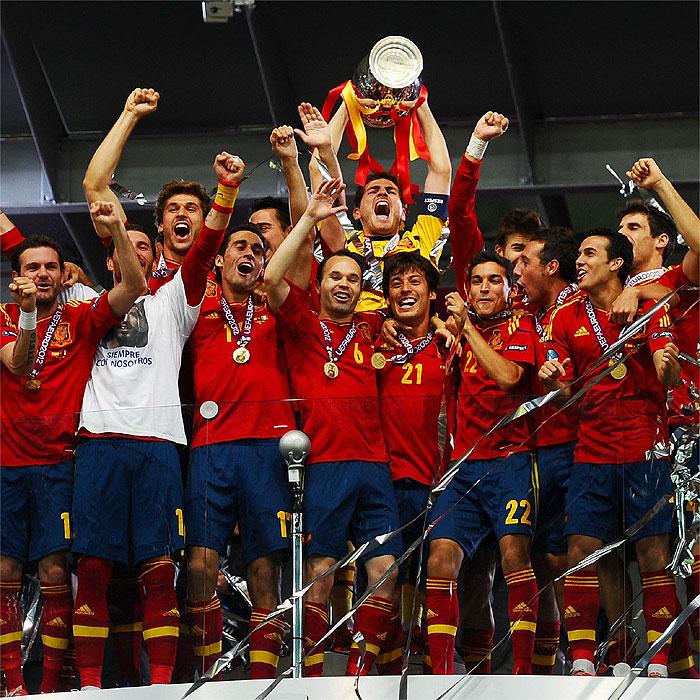 Siete españoles optan al Balón de Oro con Messi, CR7 y Falcao