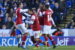 El Arsenal firma la remontada del año ante el Reading (5-7)